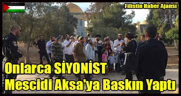 Onlarca SIYONIST Mescidi Aksa'ya Baskin Yapti